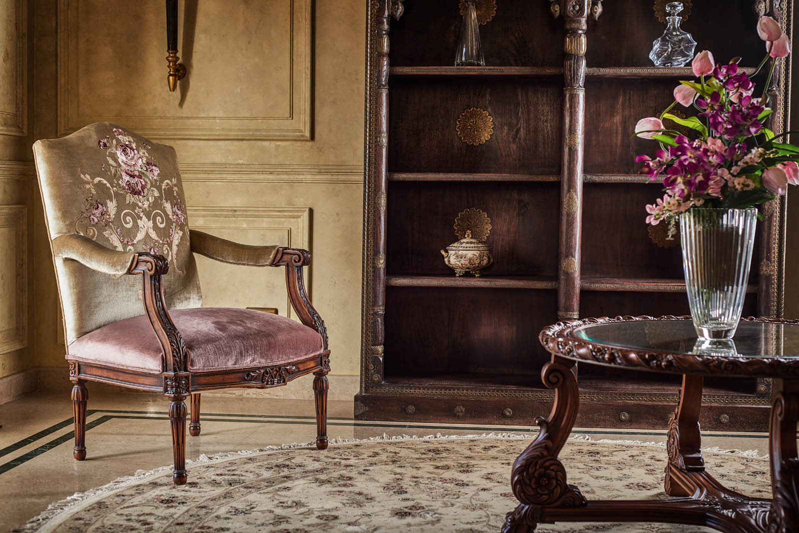 Style Furniture - Master Pieces
